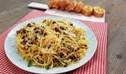 Espaguetis a la carbonara con huevo